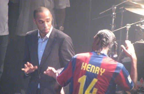 Thierry Henry Jeu de Mains